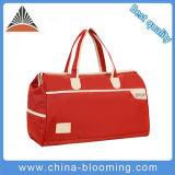 Le Duffle occasionnel rouge de loisirs de course folâtre le sac de bagage