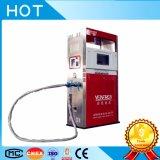 Dispensador del combustible en la gasolinera del GASERO para la venta