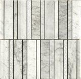 Mattonelle di mosaico di pietra di marmo bianche impilate di Cararra del reticolo