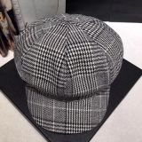 Пользовательский шаблон Newsboy моды Проверьте винты с Red Hat береты