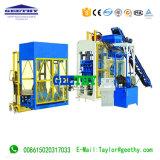 Qt10-15c konkreter Straßenbetoniermaschine Inyerlocking Block, der Maschine herstellt