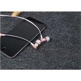 귀 이어폰에 있는 도매 중국 공급자 CSR Earbuds 무선 Bluetooth 헤드폰