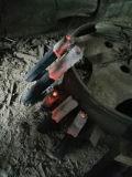 Machine faite de sciure de bois de bambou pour faire un barbecue au charbon de bois
