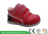 Ботинки предохранения обуви младенца велкроего протезных ботинок детей