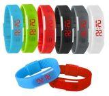 Progettare l'orologio per il cliente del silicone LED della vigilanza del braccialetto del silicone di Digitahi di modo