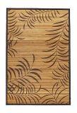 美しいパターンが付いているハンドメイドの汚されたタケ敷物