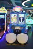 Tipo de empujador de la moneda del parque de atracciones cabritos que conducen compitiendo con la máquina de juego