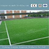 Césped artificial del fútbol verde natural
