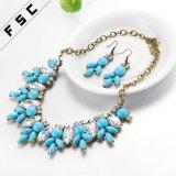 Nuevo conjunto de la joyería de la manera del collar del pendiente de la resina del diseño