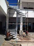 階段現代鋼鉄ガラス階段柵で囲む螺旋階段デザイン