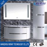 Module de salle de bains moderne imperméable à l'eau de PVC avec le miroir de DEL