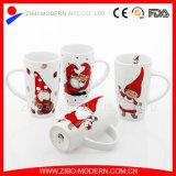 Taza de cerámica de gres con la impresión de Navidad