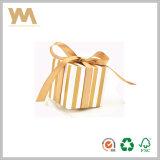 Rectángulo de regalo de empaquetado del caramelo del papel de Kraft con la cinta