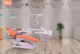 中国の製造業者のセリウムおよびISO Approvelの歯科椅子