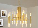 Lâmpada 2017 moderna do candelabro do diodo emissor de luz do candelabro do metal do ouro para o quarto