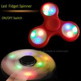Kundenspezifischer LED-heller Finger-Spinner mit dem Firmenzeichen gedruckt (6000B)