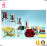Cosméticos de alta calidad conjunto de los tarros y botellas