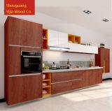現代MDFのメラミン木製の台所家具のキャビネット