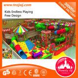 Brinquedo novo do campo de jogos do labirinto das crianças do estilo, campo de jogos interno com GS
