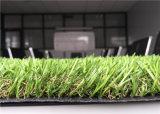 Alto tappeto erboso d'abbellimento sintetico di svago e di elasticità