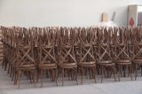 Fabrik-stapelbare antike Armless hölzerne Hochzeits-Bankett-Kreuz-Rückseiten-Stühle
