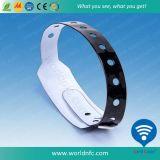 1つの時間の使用RFID使い捨て可能なPVCリスト・ストラップ