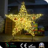 Nuevo motivo de Navidad de 2018 en el exterior de la luz