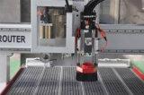 Hölzerne Schranktür, die CNC-Fräser mit ATC-langweiligem Kopf herstellt