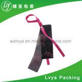 Etiquetas dulces de la caída del papel de los accesorios de la ropa de la etiqueta engomada con la cadena