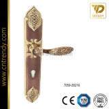De gouden Handvatten van de Hefboom van het Zink van de Hardware van de Deur van de Badkamers op Plaat (7072-z6383)