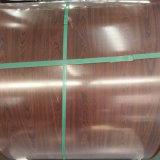 Haut de l'acier de texture en bois rouge brillant