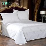 Постельные принадлежности и занавесы сатина OEM установили для комнаты общая спальня