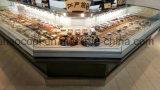 肉チーズのためのコーナーによって冷やされている自己サービスカウンター90度の