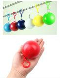 Förderndes Geschenk-Wegwerfkugel-Regen-Poncho-Schlüsselkette PET Regen-Poncho