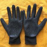 Рабочие перчатки из латекса