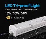4FT 36W 110lm/W LED de la caja de PC Tri-Proof ligeros para uso de piscina
