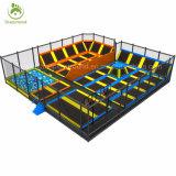 Het Springen van hoge Prestaties Apparatuur van het Park van de Trampoline van het Bed de Rechthoekige Trampolines Aangepaste