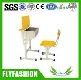 Escritorio de la sala de clase con los vectores determinados de la escuela de la silla (SF-38S)