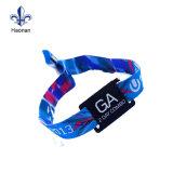 Fabrik-EntwurfRFID Wristband mit kundenspezifischem Firmenzeichen für Partei