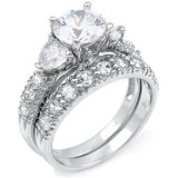 Womenのための熱いSelling White Gold Plated Silver Engagement Ring