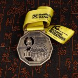 Sagola placcata ottone su ordinazione dell'oggetto d'antiquariato della medaglia di avvenimenti sportivi disponibile