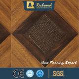 assoalho resistente V-Grooved de Laminbate da água da noz da textura do Woodgrain de 12.3mm