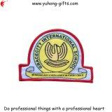 Neuer Entwurf kundenspezifisches Schuluniform gesponnenes Abzeichen 2014 (YH-WB065)