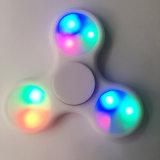 Spitzenverkaufendes edc-Handspinner-LED Spielwaren Klee-Fingerspitze-Kreiselkompass-des Finger-LED