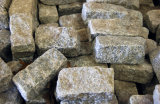Cobblestone di pavimentazione esterno del granito naturale