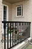 電流を通される熱いすくいおよび粉の上塗を施してある柵