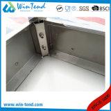 正方形の管のステンレス鋼の調節可能な足を搭載する棚によって補強される強い構築の固体Backsplashのワークテーブル