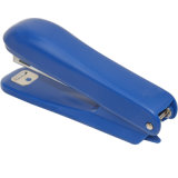 予備のステープルのための接続機構が付いている帯電防止ステープラー