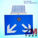 Muestra de camino accionada solar de la señal de tráfico de la flecha que contellea de dos vías/LED