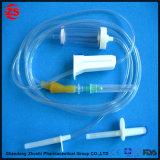 Wegwerfinfusion eingestellt mit Nadel